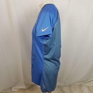 Nike Tops - Nike pro logo t shirt